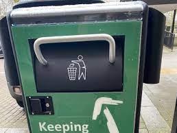 A solar powered Smart bin