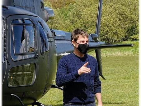 Tom Cruise arrived by helicopter