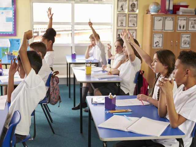 28 schools in MK have classes with 31+ children